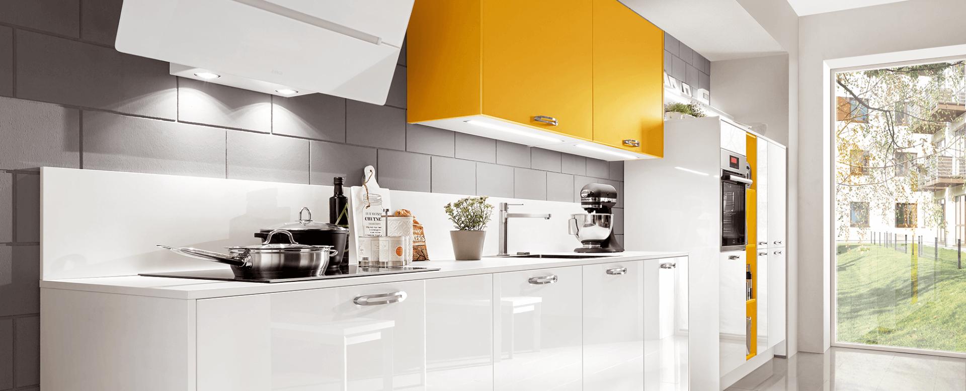 Cuisine laquée brillante - Küchen Spezialist